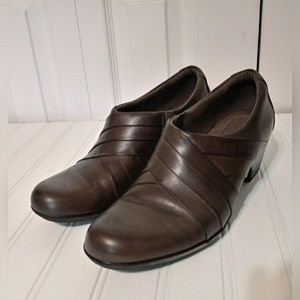Clarks Dark Taupe Shoe Wmns SZ 9
